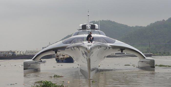 Adastra Superyacht - A Trimaran by John Shuttleworth
