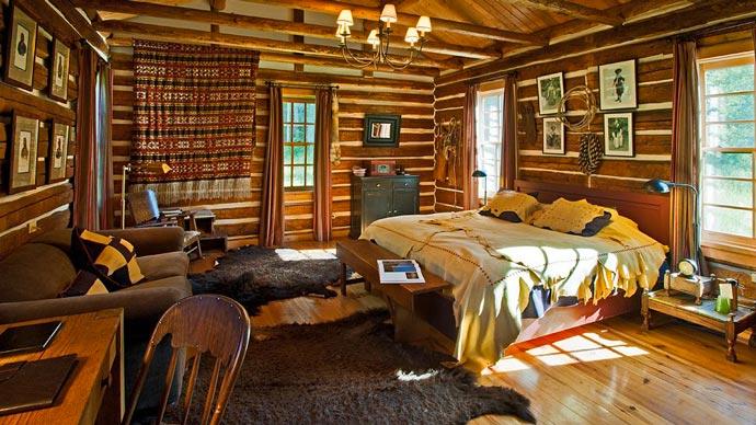 Interior design of a lodge at Dunton Resort in Colorado