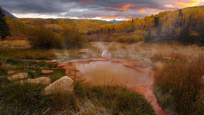 Hot spring at Dunton Resort