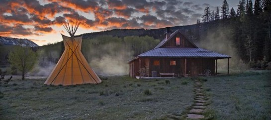 DUNTON HOT SPRINGS RESORT | COLORADO
