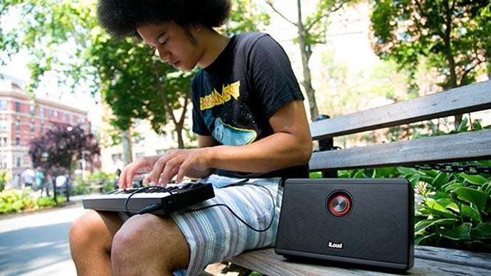 iLoud Portable Speaker for Musicians 4