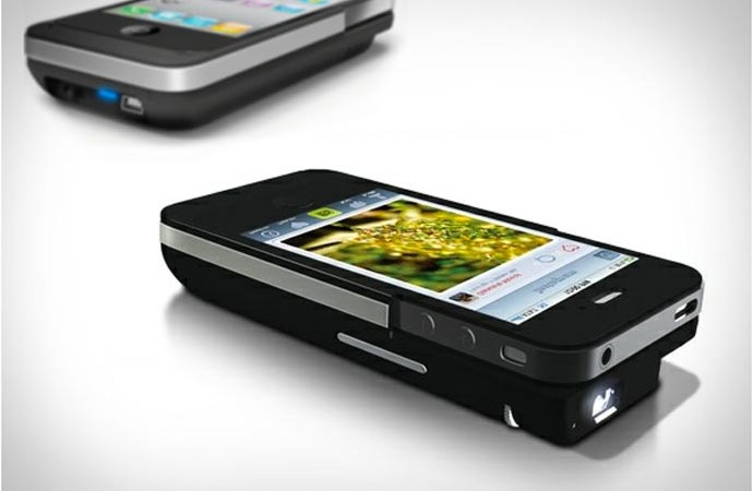 iPhone Pocket Projector 3