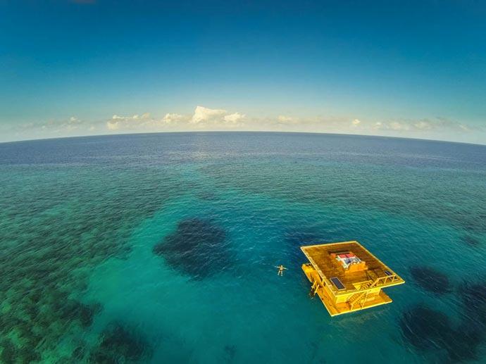 Manta Resort Underwater Room in Zanzibar 3
