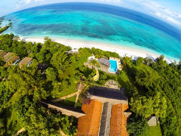 Aerial view of Manta Resort