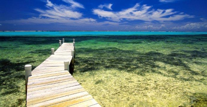 Manta Resort near the Indian Ocean