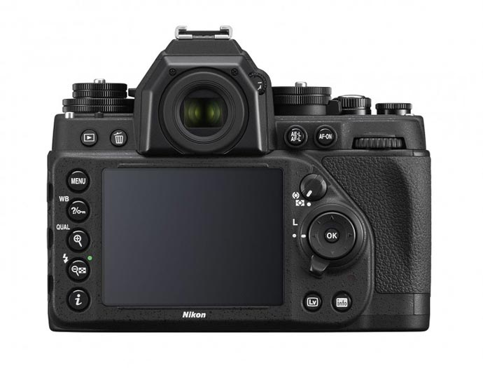 LCD screen and buttons of the Nikon Df FX-Format