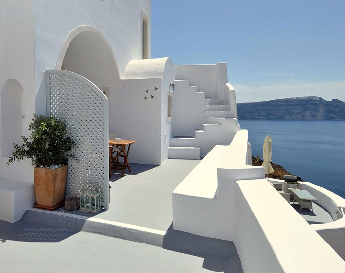 Architecture of Native Eco Villa in Santorini Greece