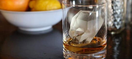 SKULL SHAPED ICE CUBE MOLD