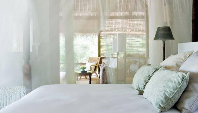 beautiful white theme bedroom design