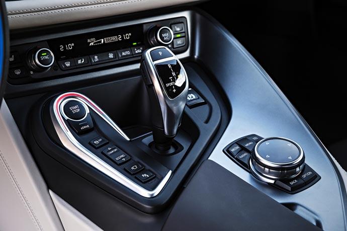 BMW I8 7