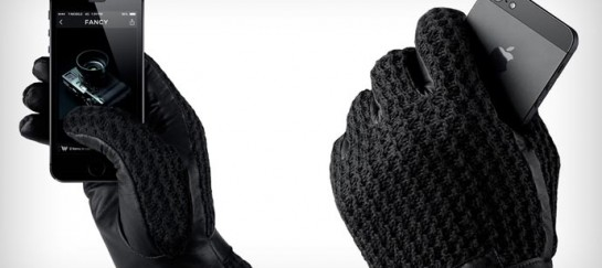 LEATHER TOUCHSCREEN GLOVES | BY MUJJO