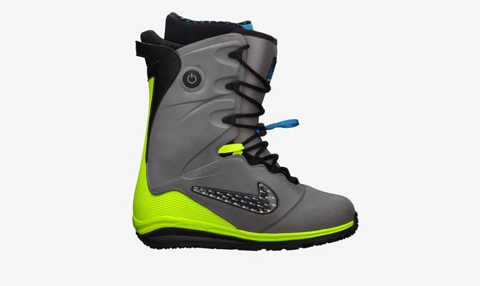 Nike LunarEndor Snowboard Boots for Men with LED