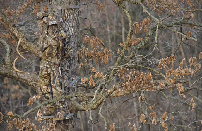 Realtree Camouflage Suit