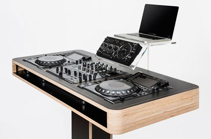 stereo t dj table by hoerboard jebiga design lifestyle. Black Bedroom Furniture Sets. Home Design Ideas