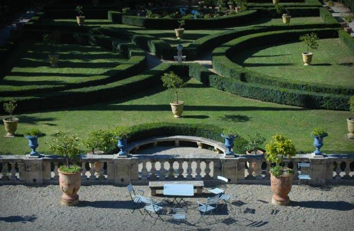 Chateau De Flaugergues garden
