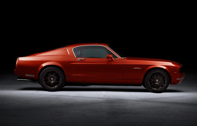 Red Equus Bass 770