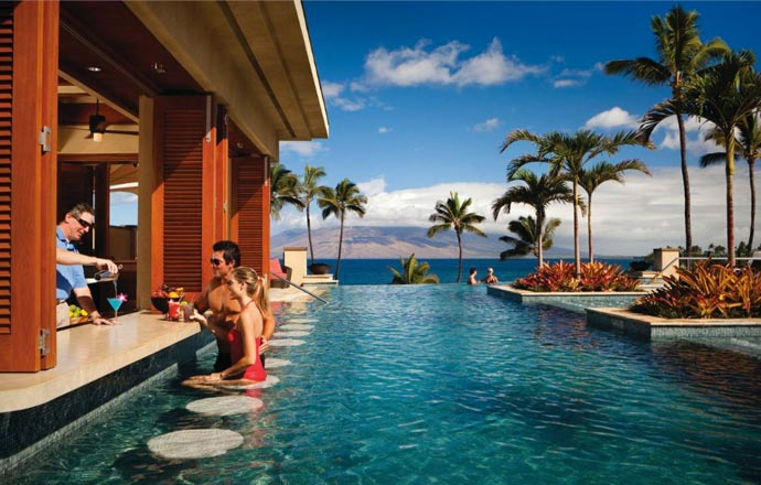 Pool and bar at Four Seasons Maui