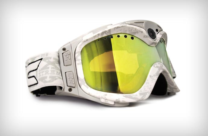 Camera equipped snow goggles