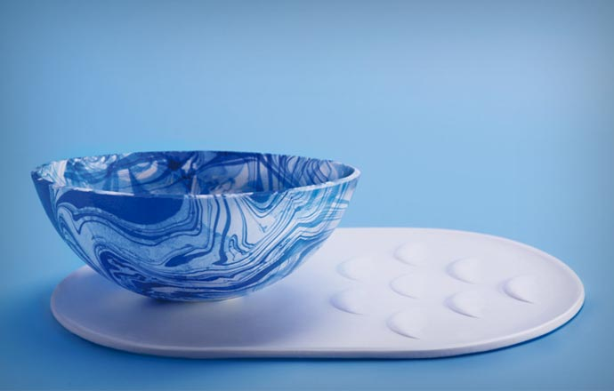 Self Cleaning Tableware by Tomorrow Machine