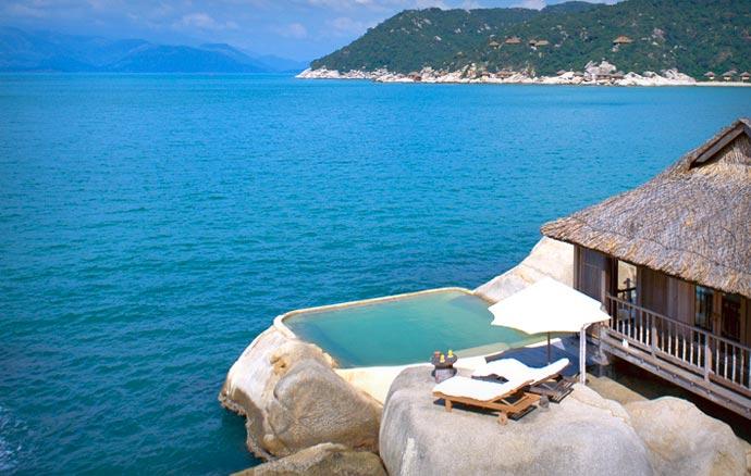 Six Senses Ninh Van Bay outdoor pool