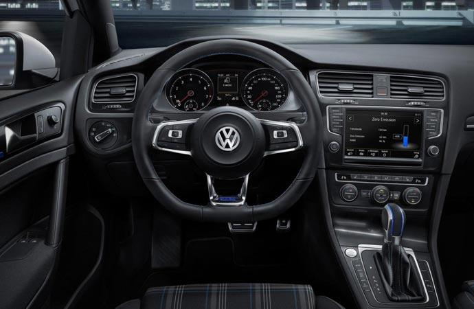 2015 Golf Hybrid Interior