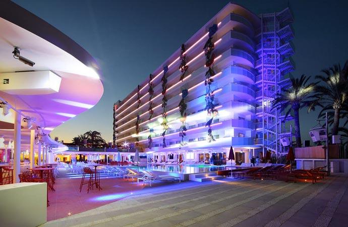Ushuaia ibiza beach hotel jebiga design lifestyle for Designhotel ibiza