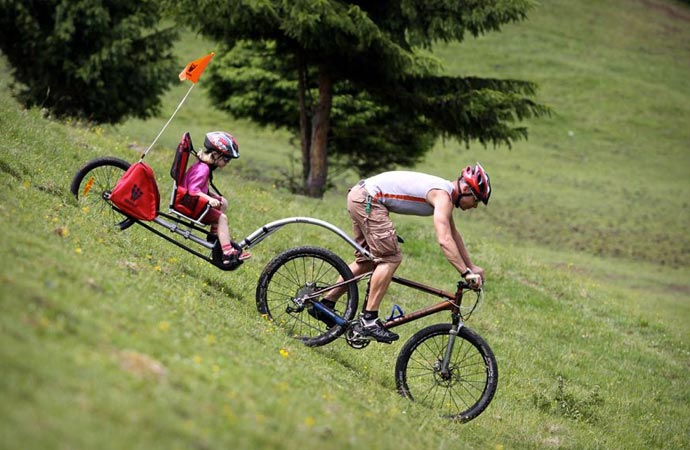 Bicycle trailer for parents