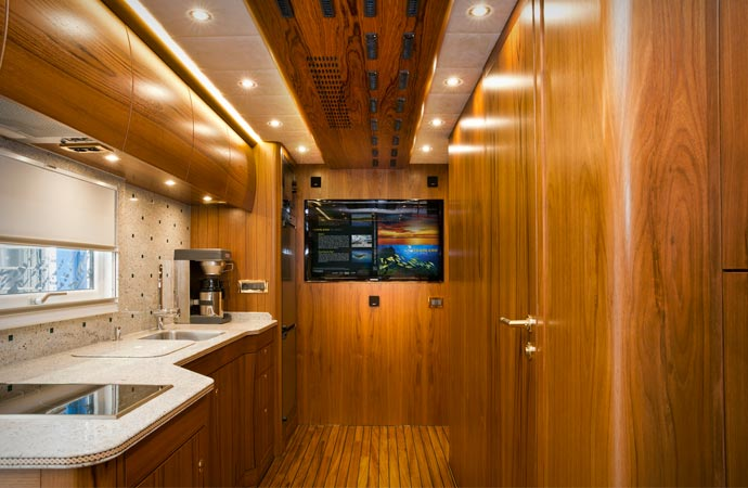Kitchen inside the Mercedes-Benz Zetros 6x6