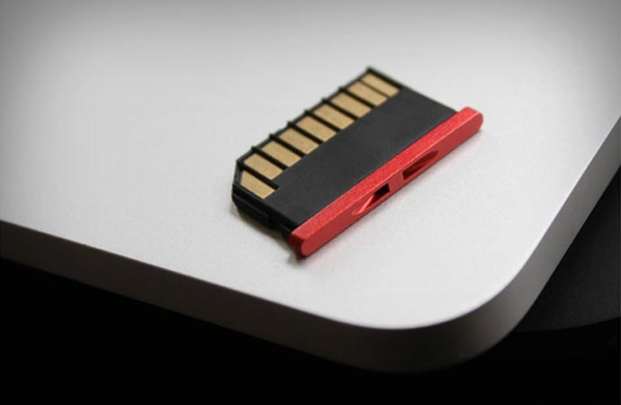 Nifty Minidrive extra storage for laptop