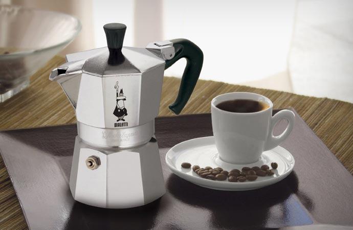 Italian stovetop espresso maker