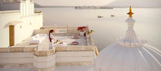 TAJ LAKE PALACE HOTEL