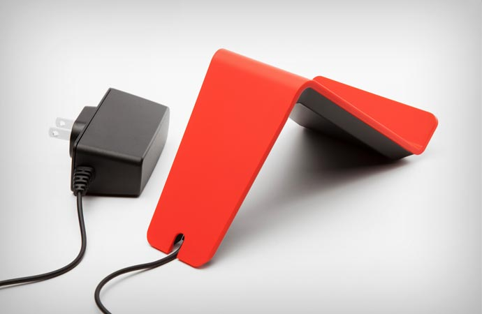 Wireless charger for smartphones