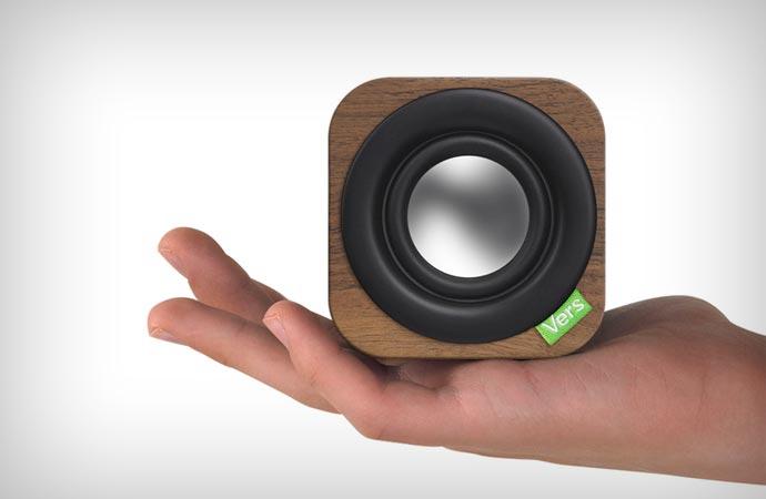 Vers Audio 1Q speaker