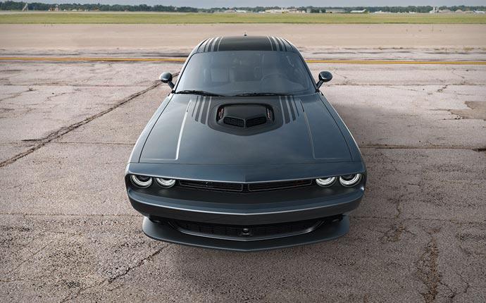 2015 Dodge Challenger hood