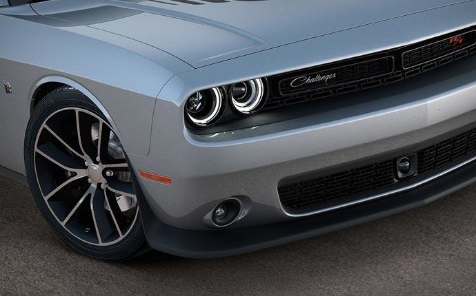 2015 Dodge Challenger front lights