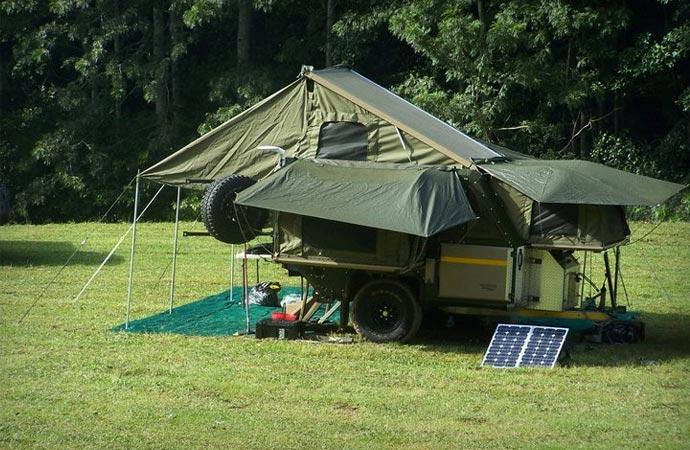 Conqueror off road trailer turns into a tent