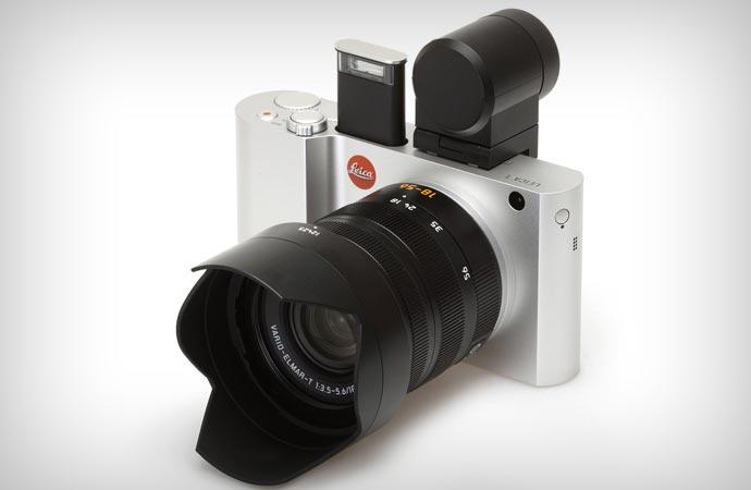 Leica T flash