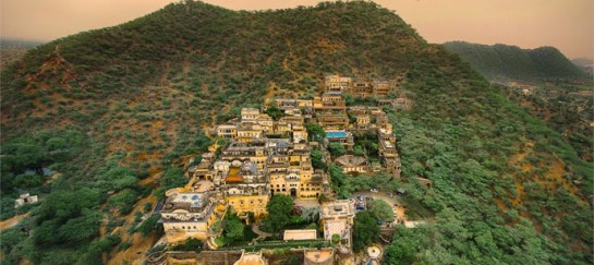 NEEMRANA FORT-PALACE RESORT