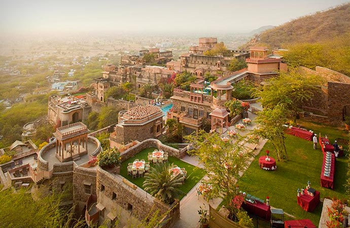 Neemrana Fort Palace resort