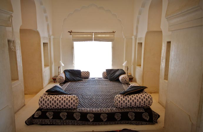 Room at Neemrana Fort Palace