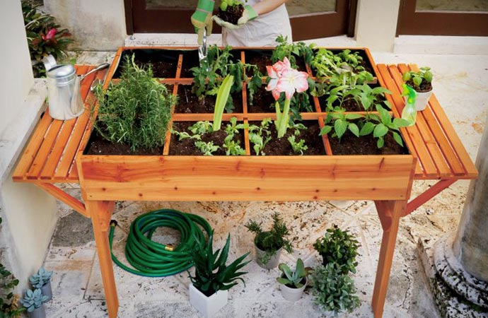 ORGANIC GARDEN TABLE | Jebiga Design & Lifestyle