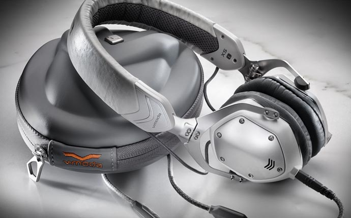 V-Moda metal headphone