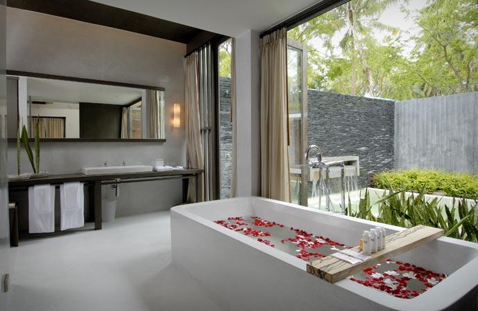 Bath at X2 Samui resort in Thailand