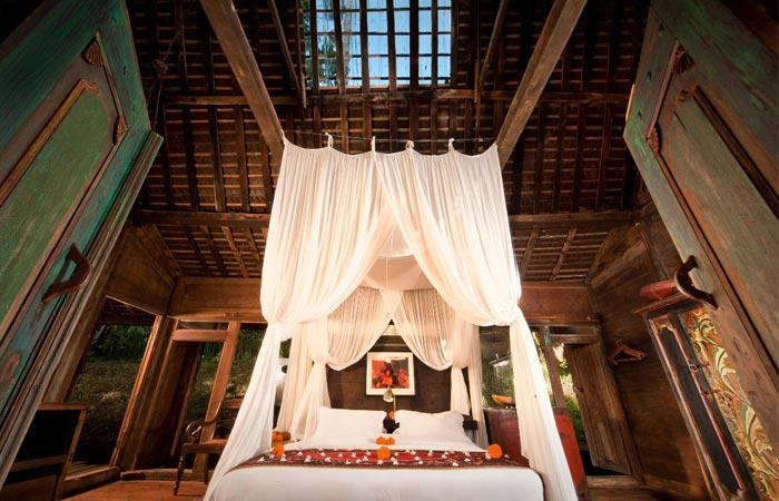 Room at Bambuh Indah