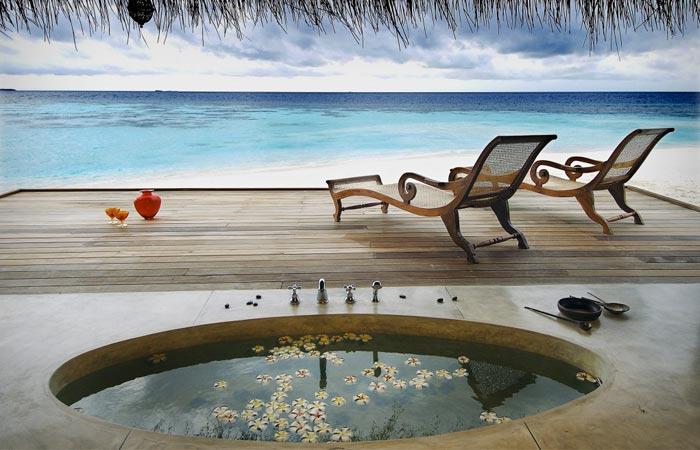 Room and bath at Kandolhu Island in the Maldives