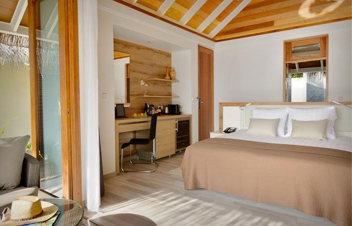 Room at Kandolhu Island