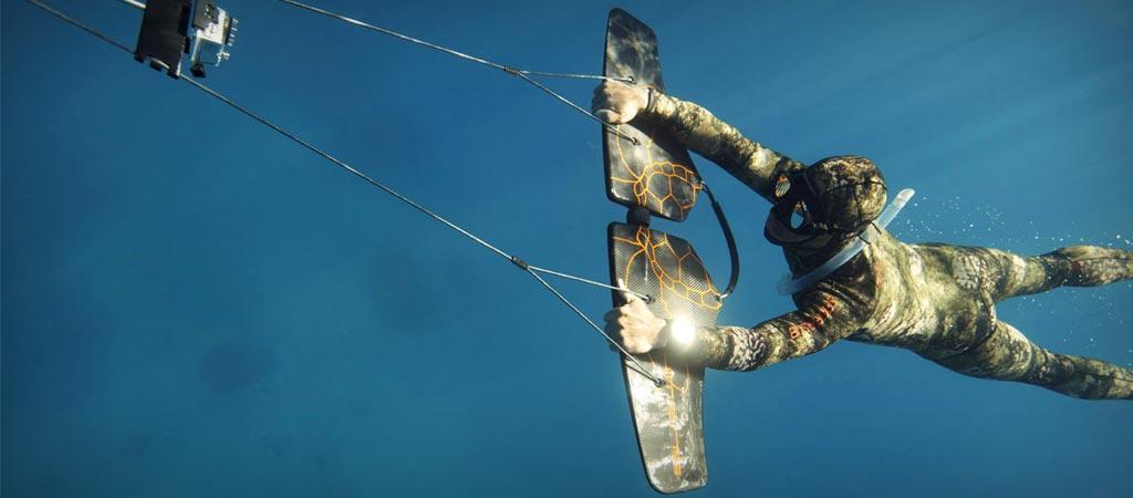 Subwing honeycomb underwater glider
