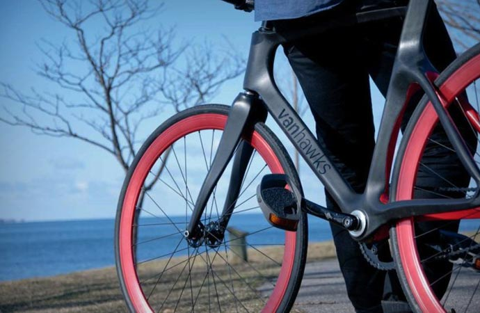 Vanhawks Valour smart bike