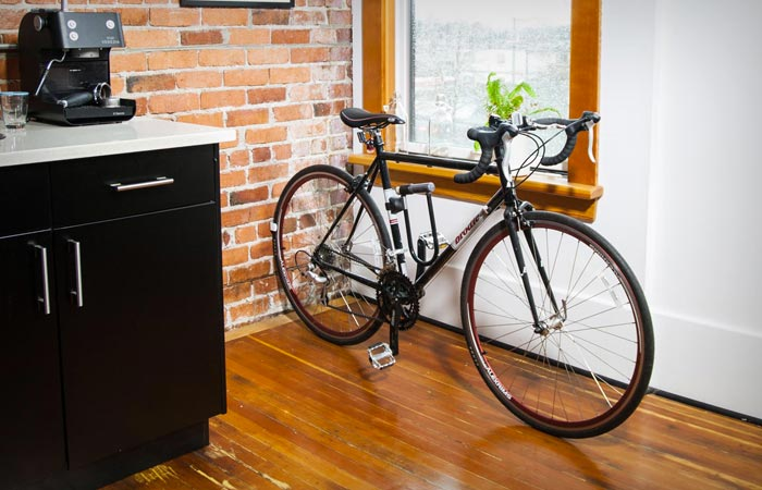Clug wall mounted bike rack