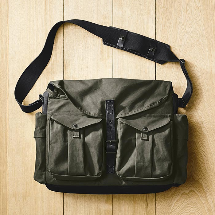 Camera bag from Filson Magnum